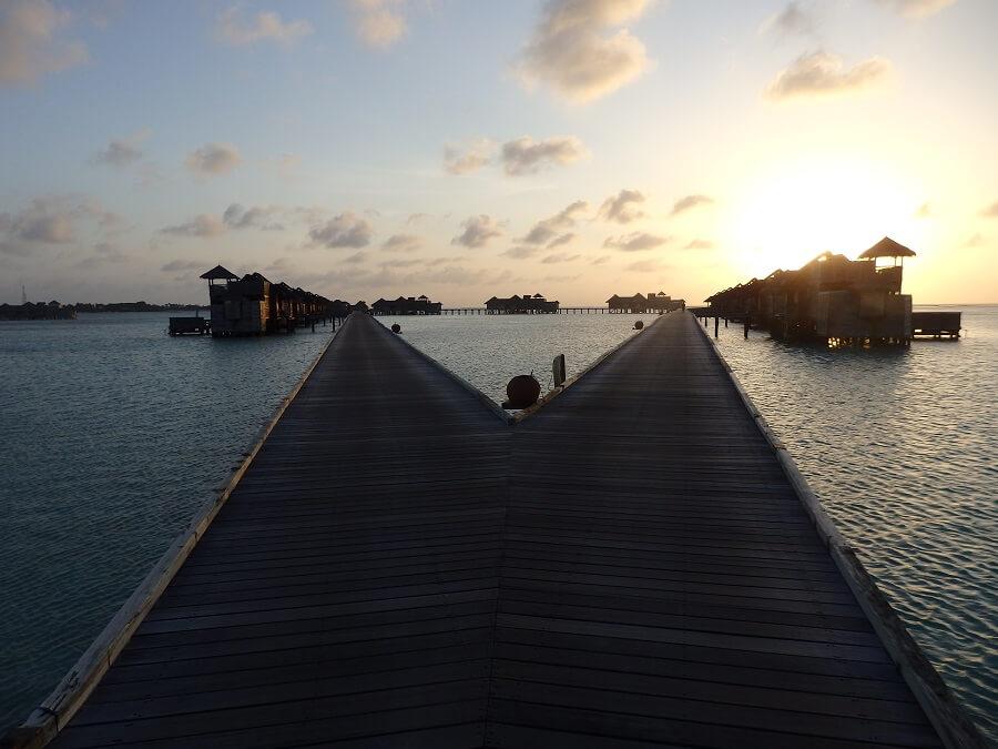 Gili Lankanfushi(ウオーターヴィラへのジェティ)