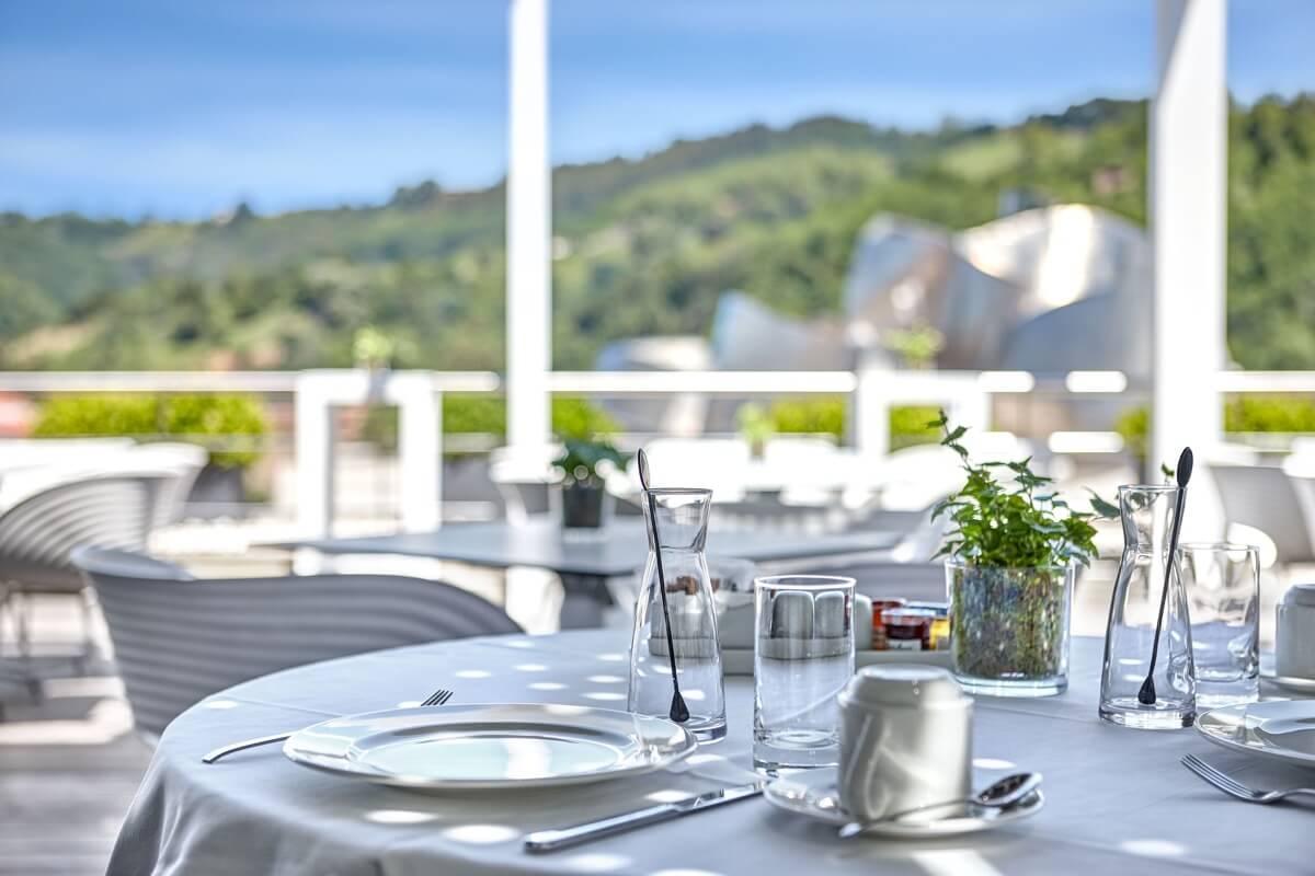 グランホテル ドミネ ビルバオ カフェ