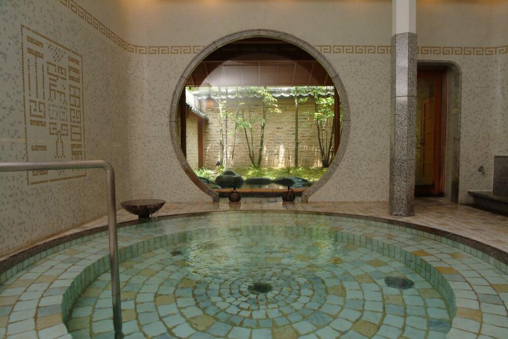 西村屋本館 温泉