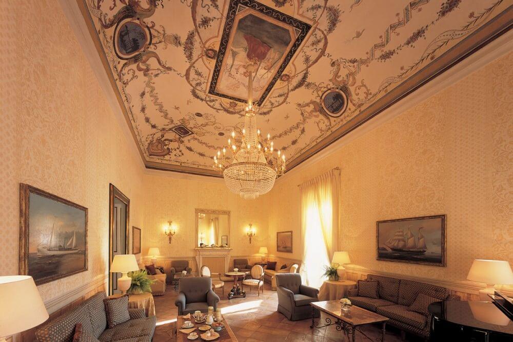 ホテル カルーソ 部屋