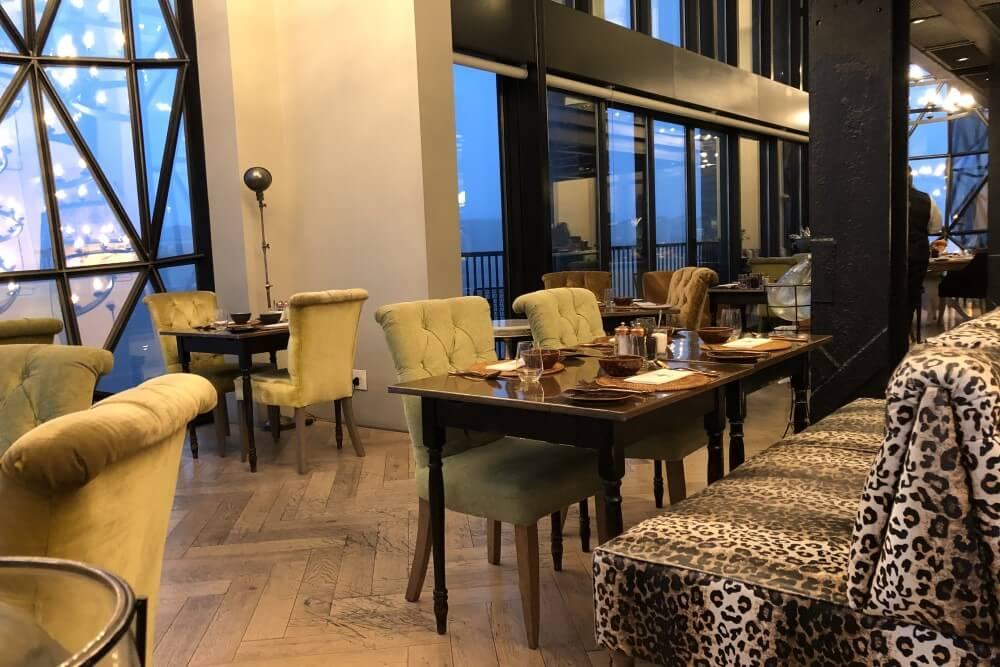 サイロ ホテル レストラン