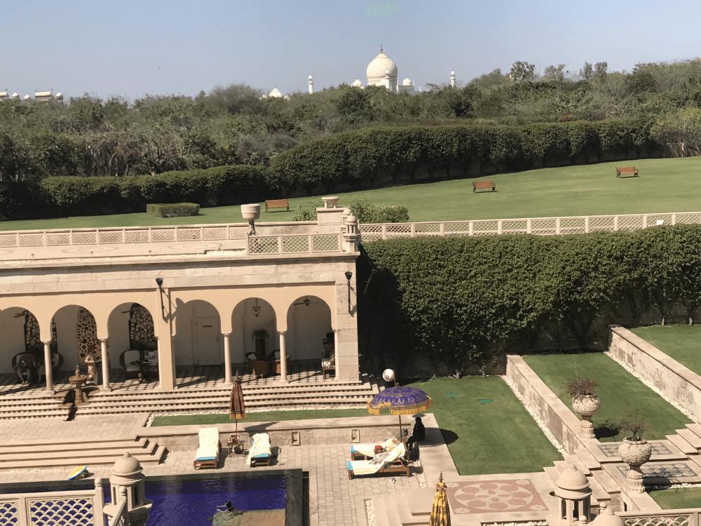 インド旅行 5オベロイロビーからの眺め