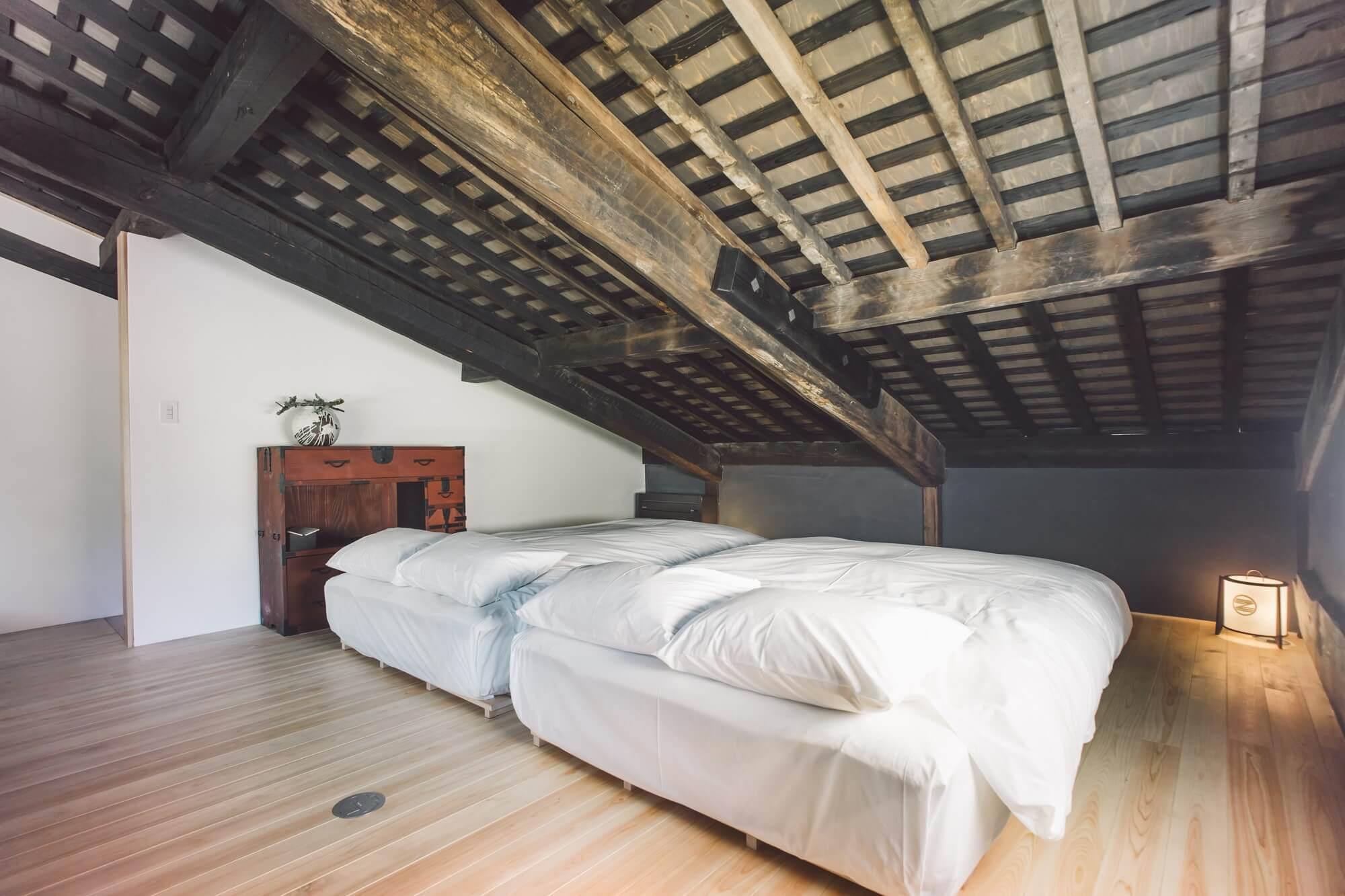 ゼナギ ホテル 客室 ベッド