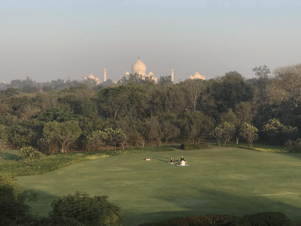 インド旅行 6オベロン(朝のテラスからの眺め)