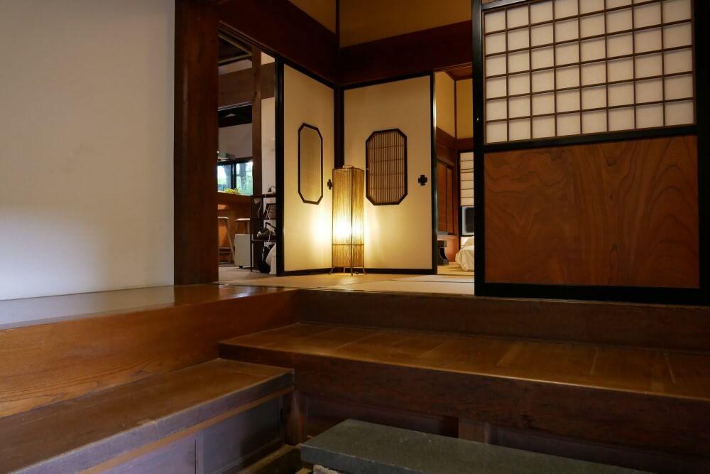明神館 Satoyama villa DEN 玄関+(3)