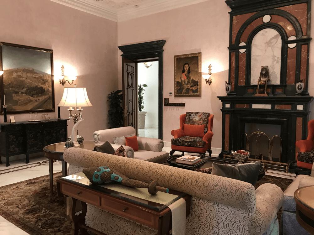 インド旅行 14宮殿ホテルリビング