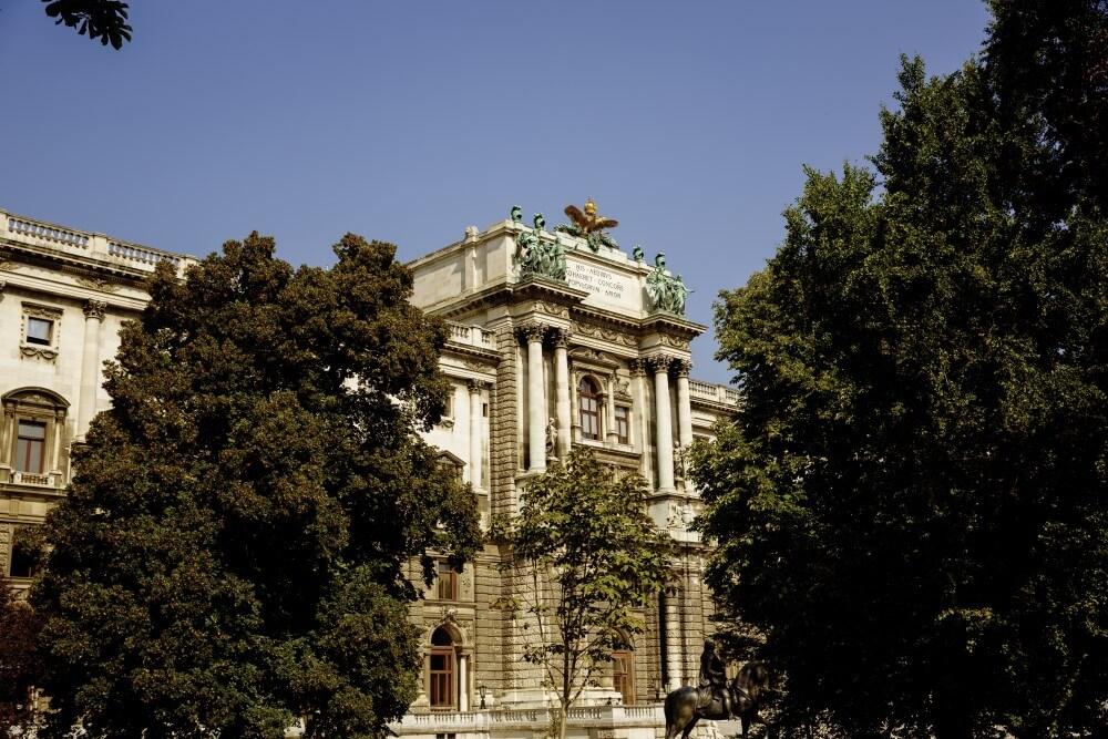 ウィーン王宮 © WienTourismus/Peter Rigaud
