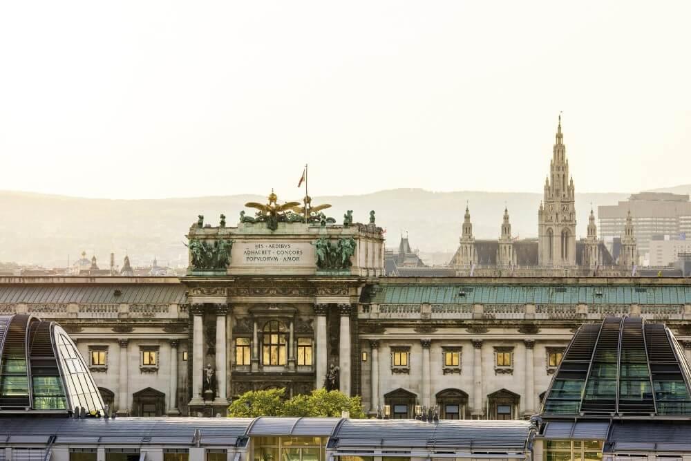 ウィーン王宮 © WienTourismus/Christian Stemper