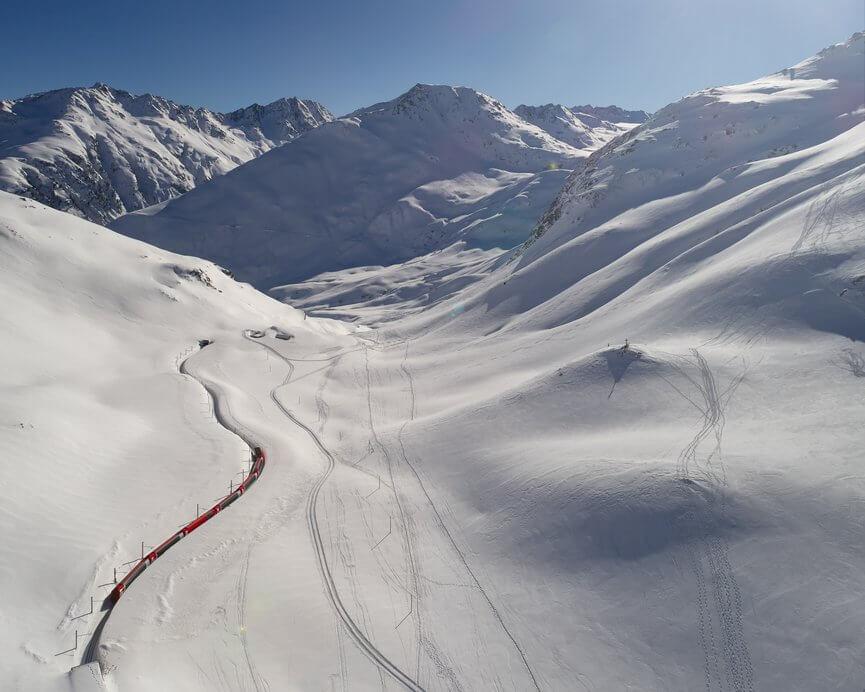 氷河特急 オーバーアルプ峠