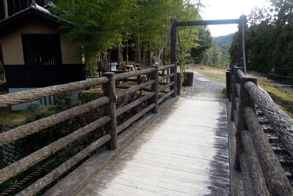 熊野古道 三軒茶屋  写真提供:熊野本宮観光協会