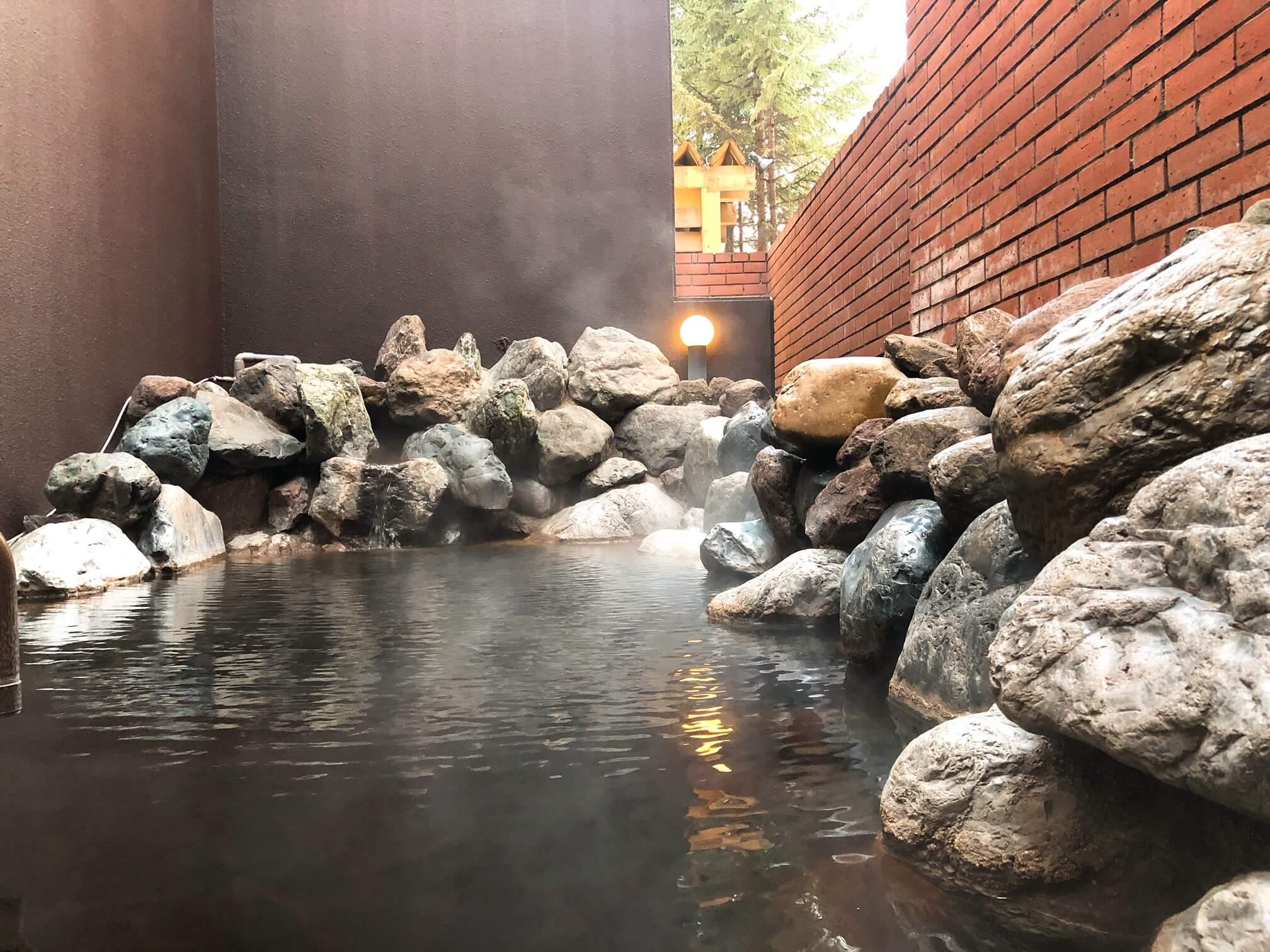 森のスパリゾート 北海道ホテル 露天風呂