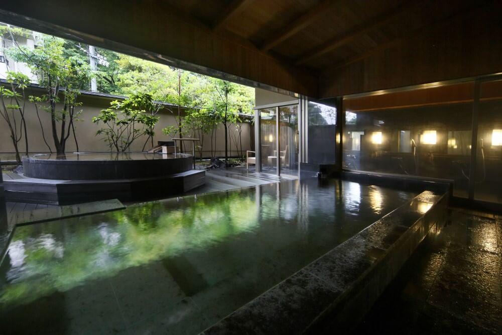 大谷山荘別邸 音信 大浴場