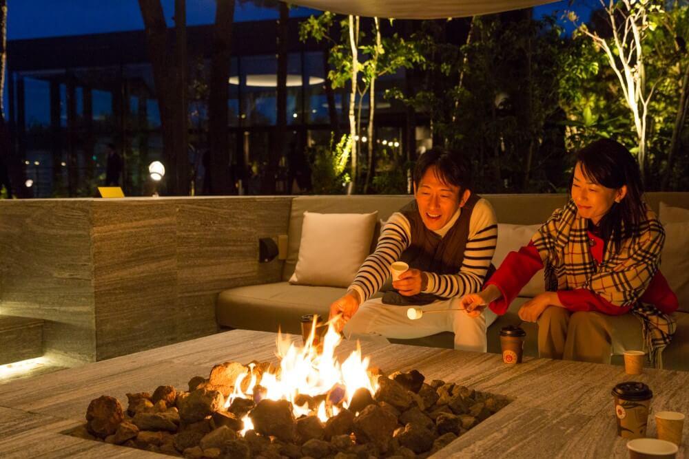 シェラトングランデオーシャンリゾート 焚火のリビング