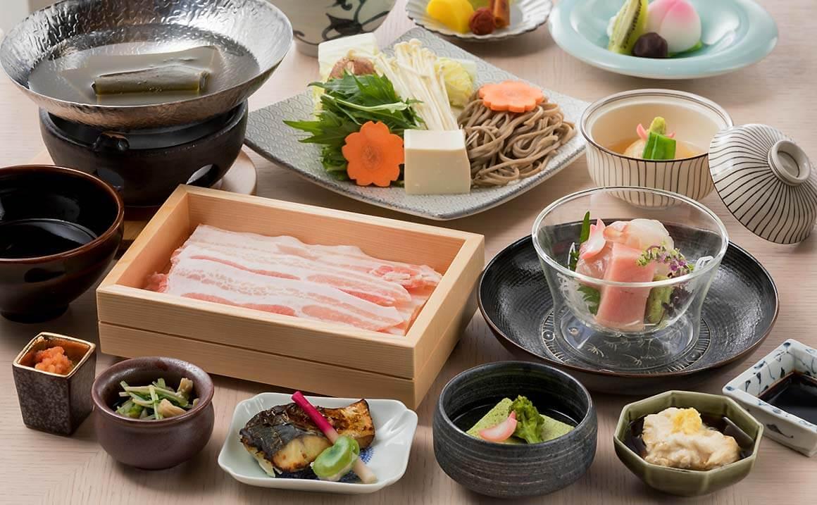 ソレスト高千穂ホテル 夕食イメージ