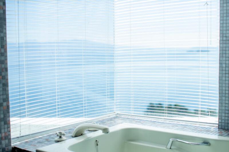 パサージュ琴海 ホテル海の見える客室浴室