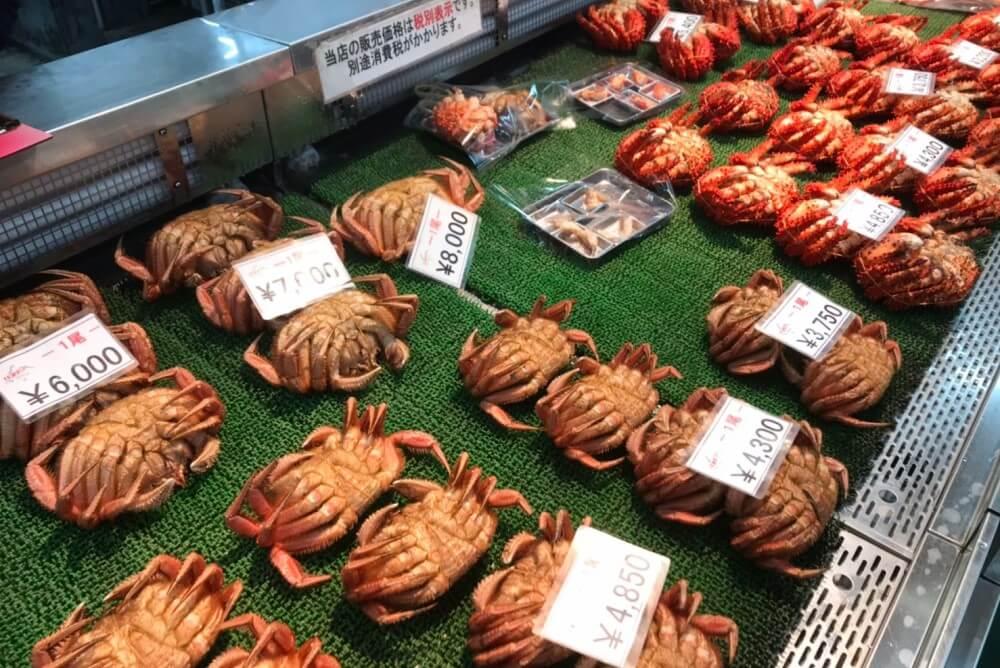 釧路 水産市場 カニ店