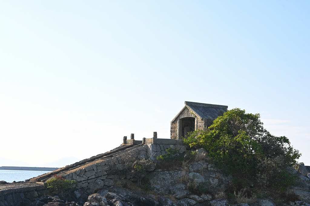 小値賀島  牛の塔