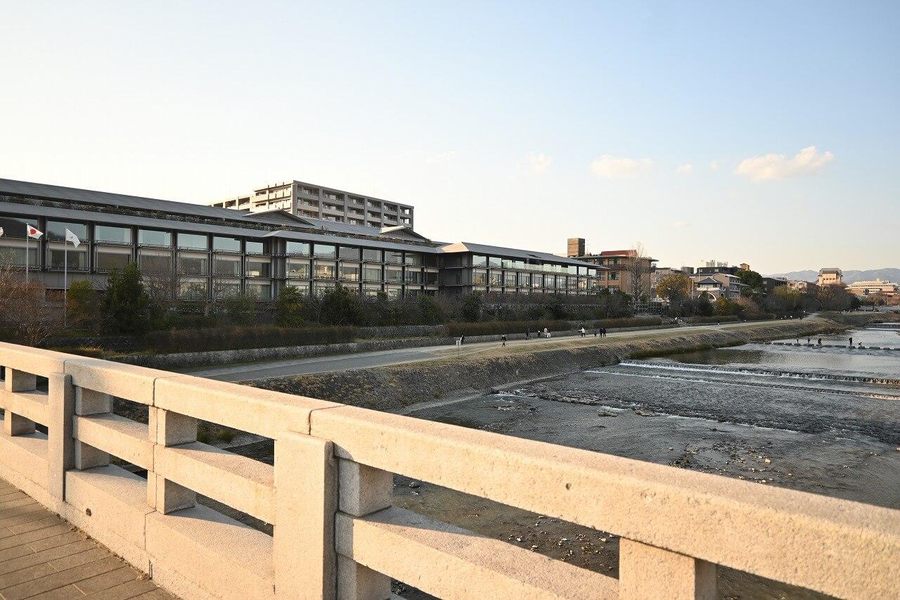 リッツ宿泊体験記 二条橋袂のホテル