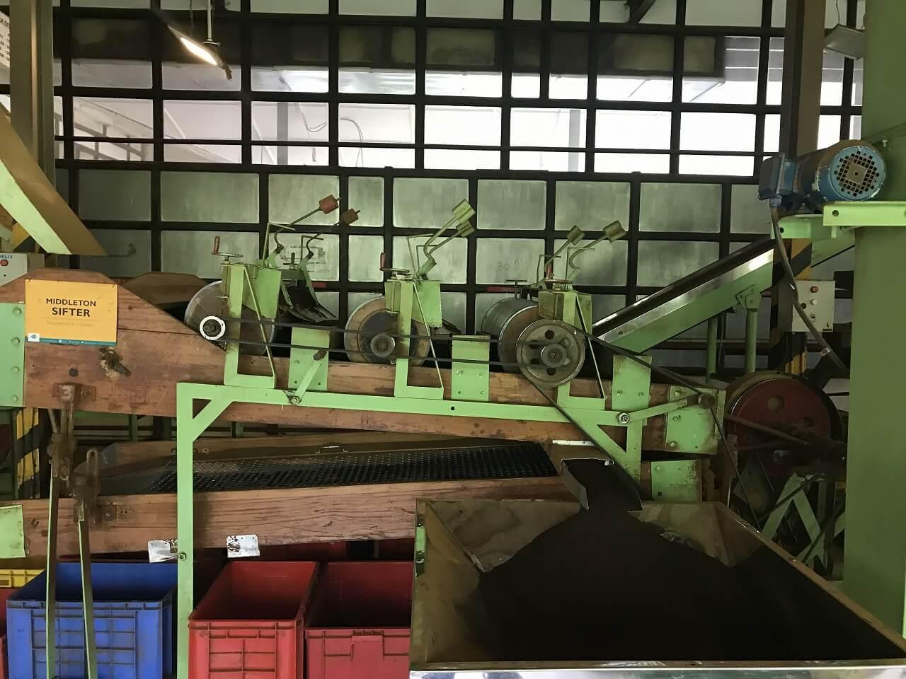 「セイロン紅茶」の国・スリランカ 11紅茶工場