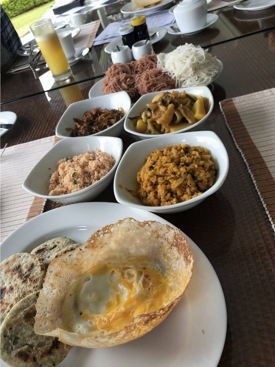 「セイロン紅茶」の国・スリランカ 8地元の朝食