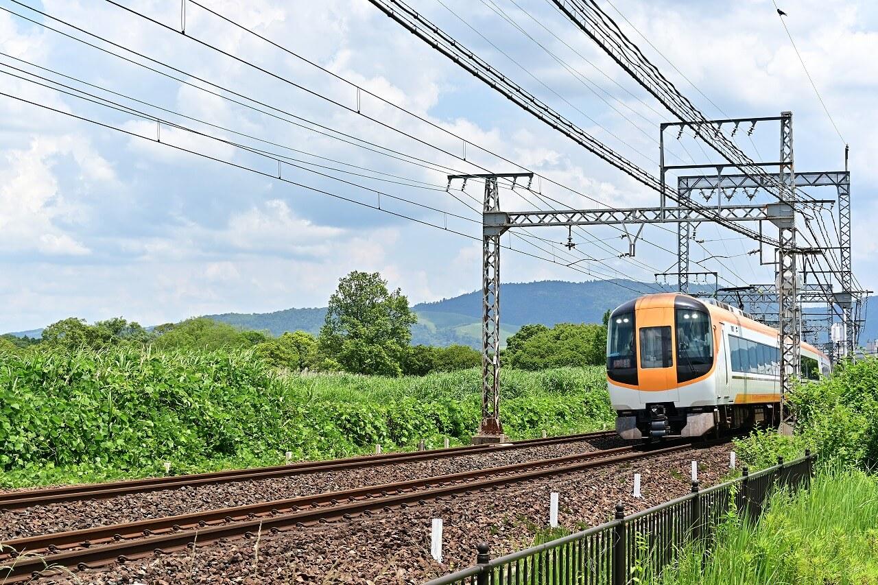 奈良 平城宮跡 近鉄列車